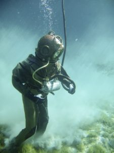 nitrogen narcosis: deep diving gear