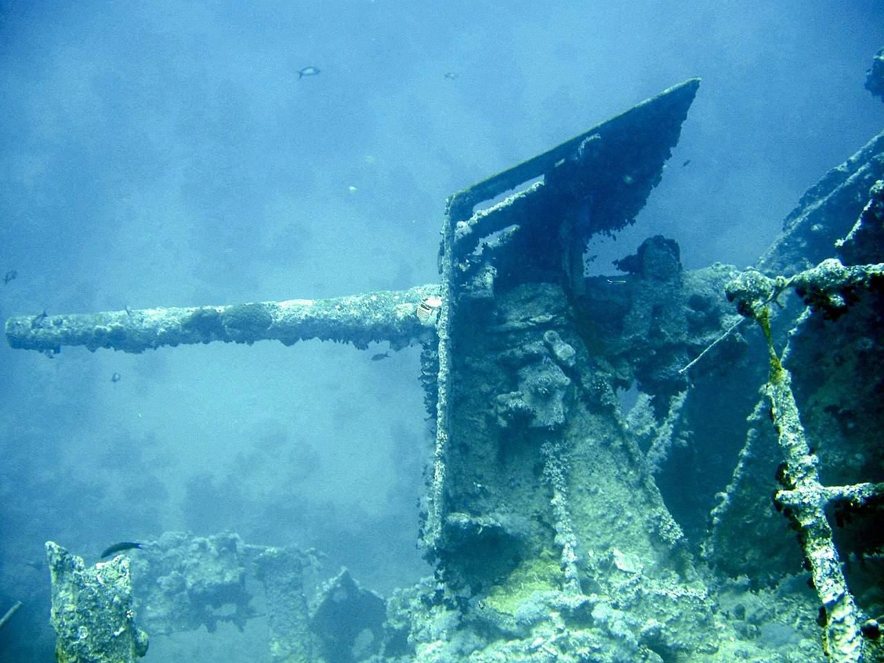 debris under water